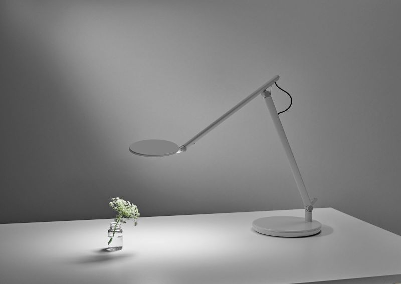 CDI Features Humanscale Task Lighting